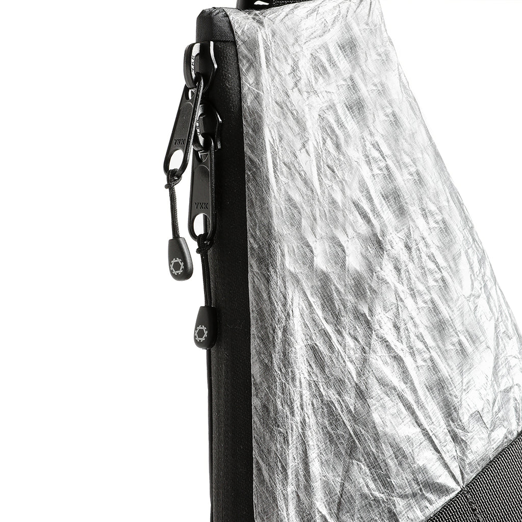 Unit Vertical Pouch – RND Edition – Clear Panel Dyneema