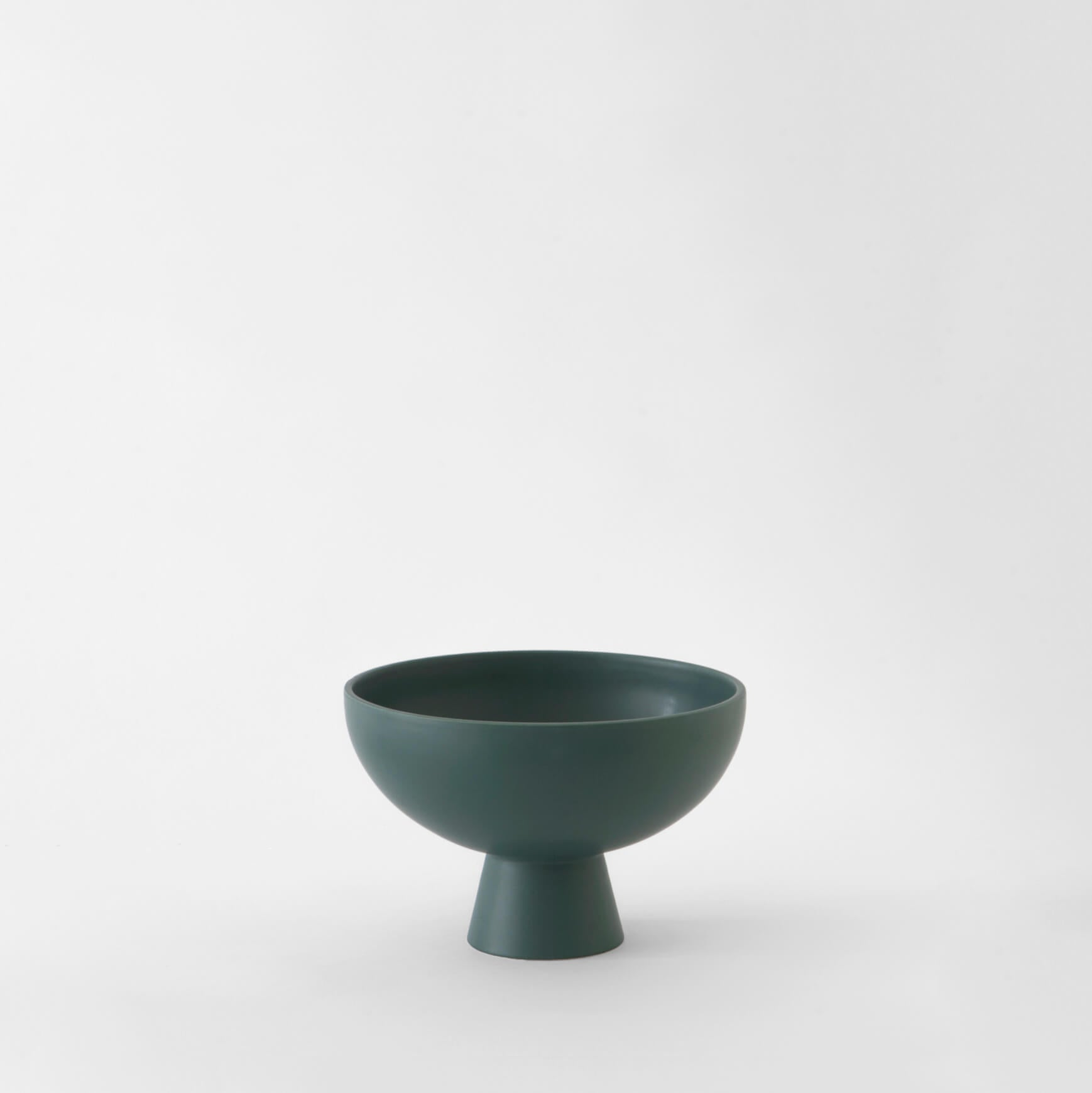 Strøm earthenware and stoneware collection by danish designers Raawii, Strøm bowl, Nave Shop, online concept store