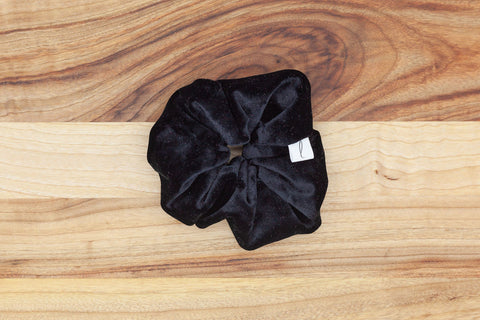 Legacy Scrunchie in Black