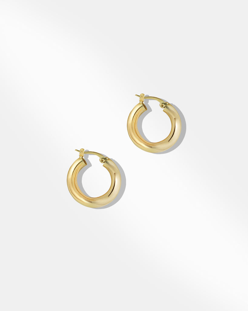 Bonnie Medium Hoop Earring