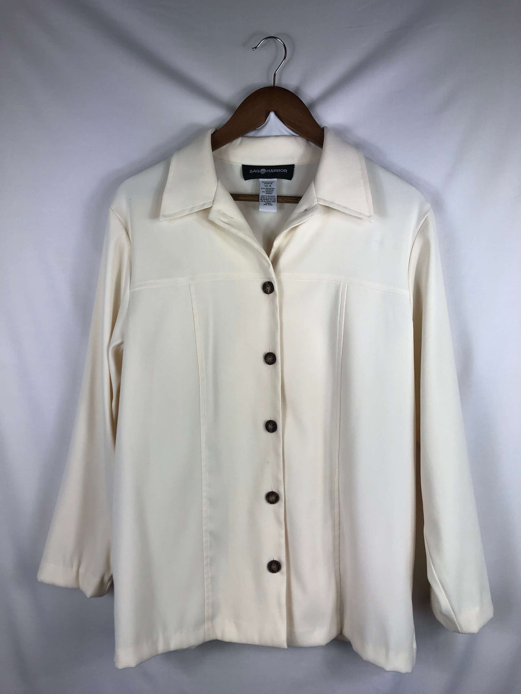 Butter Soft Button Up - Size: Vintage 10 *Modern Best Fits: Medium