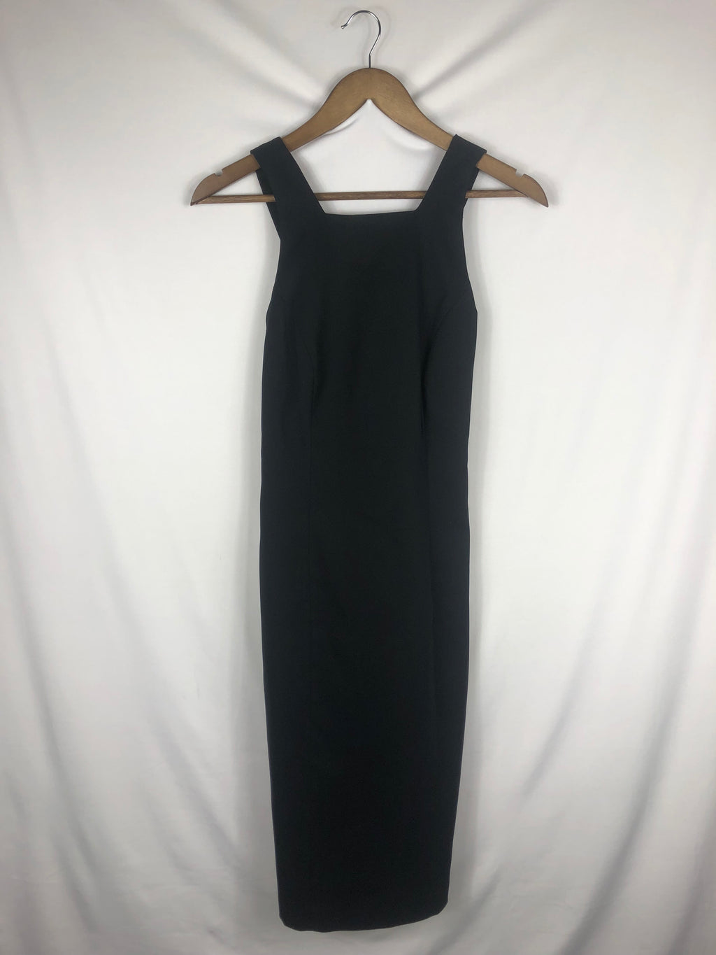 Sleek Little Black Dress Size: 4