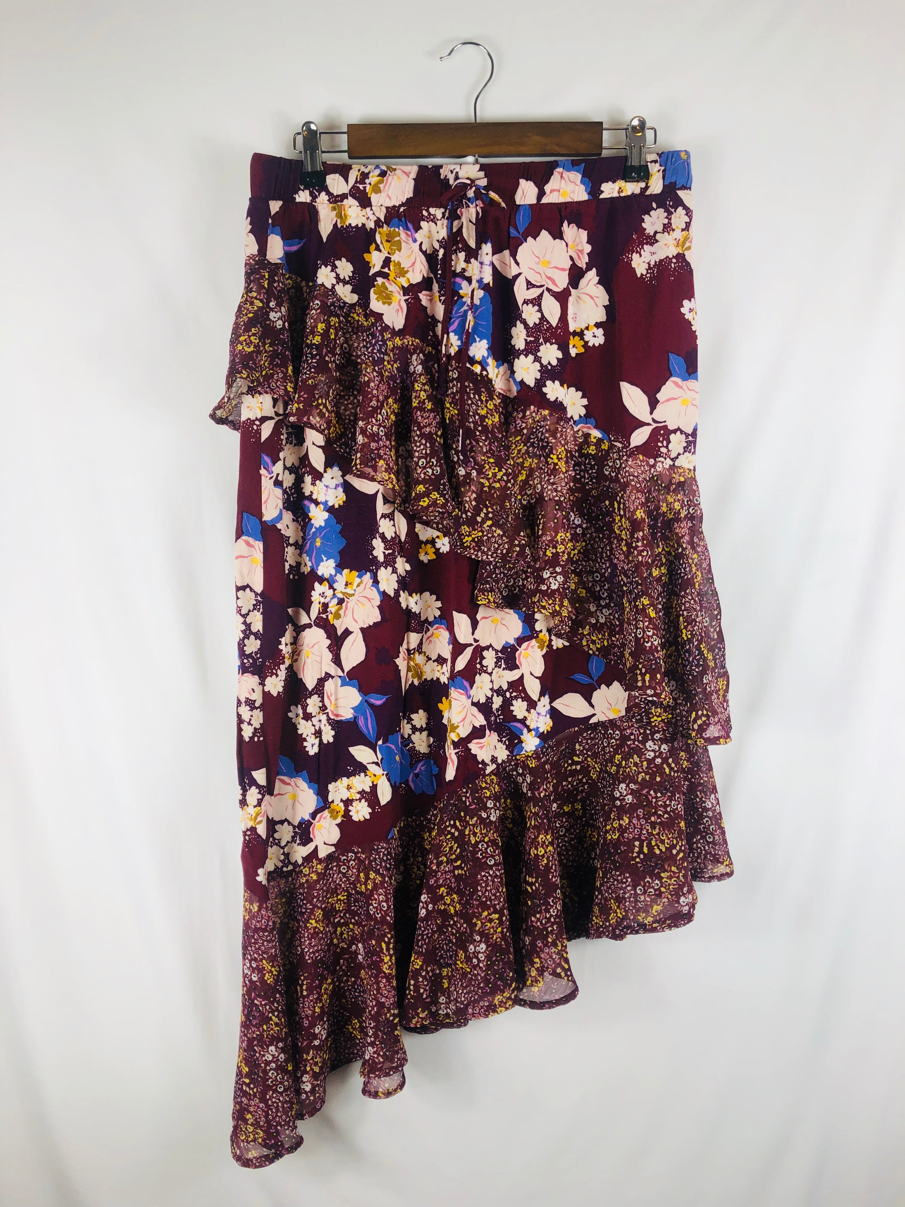 Floral Plum N Playful Skirt Size: Large