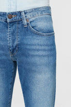 Load image into Gallery viewer, Mens skinny jeans perfect fit  for any season.