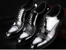 Load image into Gallery viewer, Handmade oxfords in patent leather