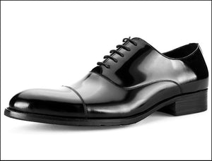 Handmade oxfords in patent leather