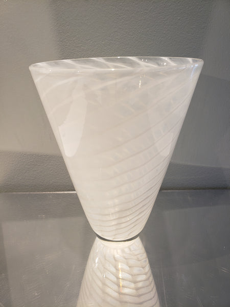 White Fishnet Vase