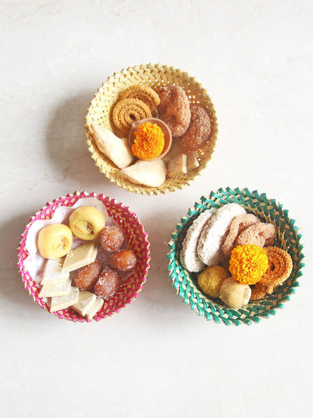 Baskets for sharing sweets
