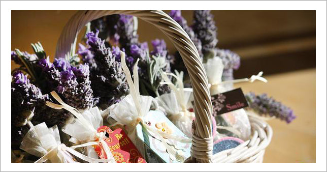 Wicker basket for flowers