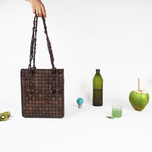 DAISYLIFE Natural and Eco-Friendly Coconut Shell Handbag in Rustic Brown Color