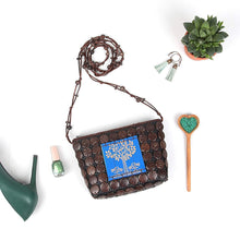 Load image into Gallery viewer, DAISYLIFE Natural Color and Eco-friendly Coconut Shell and Bamboo Carving Sling Bag