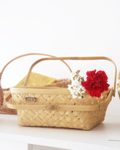 "10"" square bamboo basket with folding handles"