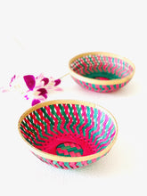 "Load image into Gallery viewer, Bamboo Bali baskets 9"", set of 2 pcs"