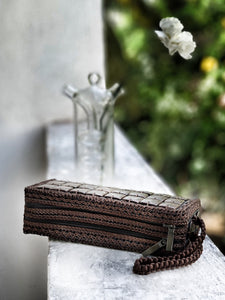 DaisyLife eco-friendly natural coconut shell hand clutch