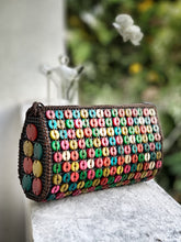 Load image into Gallery viewer, DaisyLife natural coconut shell multicolor fashion sling bag with big flower