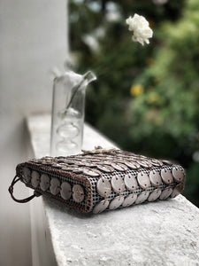 DaisyLife Natural coconut shell brown fashion sling bag