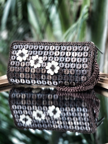 DaisyLife natural coconut shell brown wristlet clutch bag with white flowers