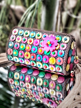Load image into Gallery viewer, DaisyLife natural coconut shell multicolor fashion sling bag with pink flower