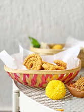 Load image into Gallery viewer, DaisyLife natural bamboo pink serving basket for festive food