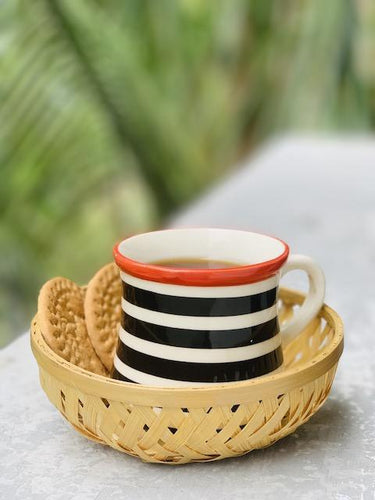 DaisyLife natural 5 inch round bamboo basket for tea cup biscuits