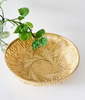 DaisyLife natural 12 inch round bamboo basket