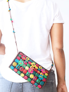 DaisyLife natural coconut shell multicolor sling fashion bag