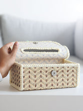 Load image into Gallery viewer, DaisyLife natural bamboo decorative tissue box