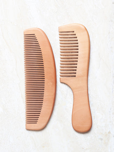 Natural wooden comb set of of wide and fine tooth, set of 2