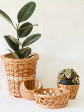 Load image into Gallery viewer, Set of 4 pcs (Small)- Planter, Moon basket, Flower basket & Crown basket