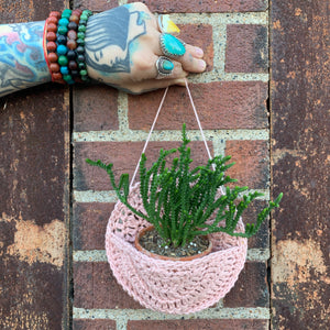 CATKNOT | Crocheted Plant Holder