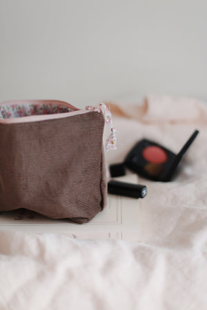 Trousse à maquillage « Guy de Maupassant »