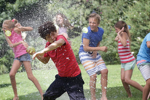Superhero-Water-Ballon-Fight