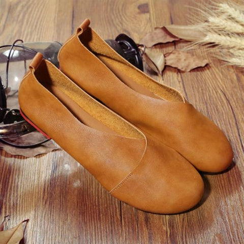 Women's Casual Leather Round Toe Flat Comfortable Slip On