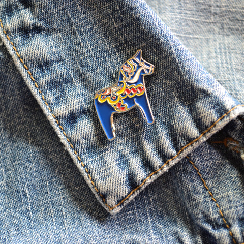READY TO SHIP - Dala Horse Enamel Pin - Minnesota Enamel Pin - Scandinavian GIfts