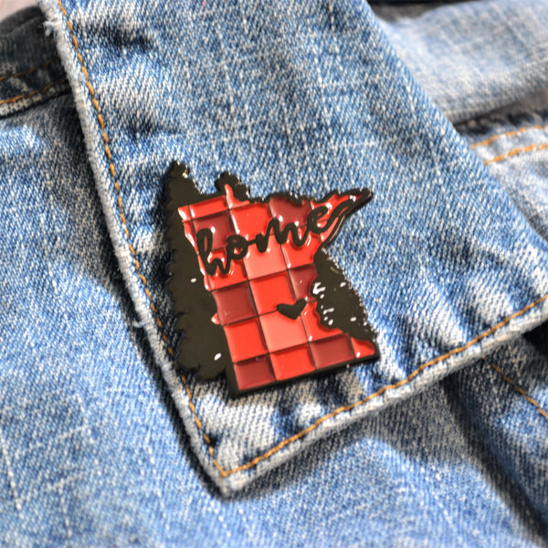 READY TO SHIP - MN 'home' Plaid Enamel Pin