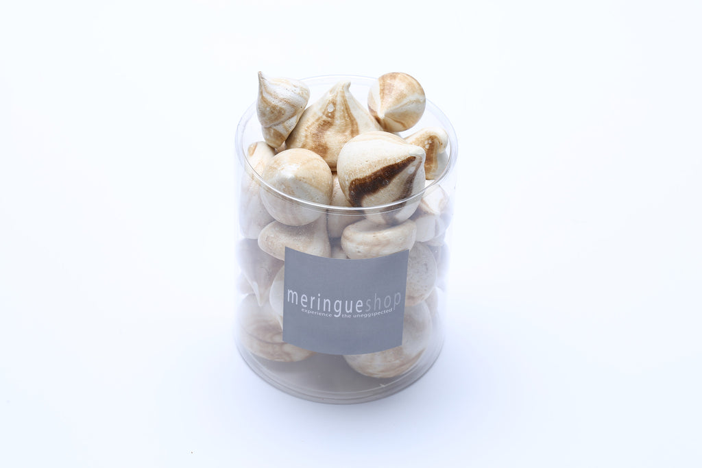 These meringues, made with pure organic maple crystals, have a mild sweetness.