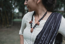 Load image into Gallery viewer, Reetha, Chandan & Peach seeds Neck piece