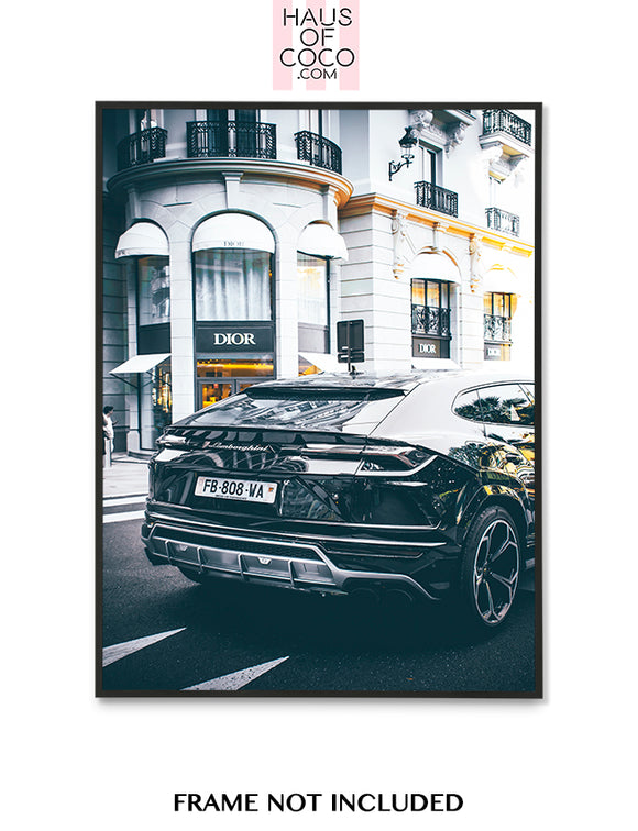 LAMBORGHINI OUTSIDE DIOR