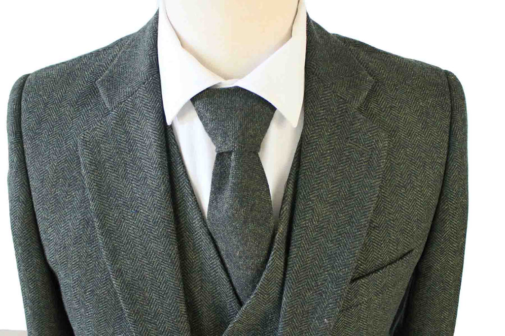GREEN HERRINGBONE TWEED 3 PIECE SUIT - BDtailormade
