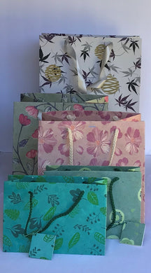 Gift Bags Flower and Leaf  Varieties (Pack of 6 pcs)-Out of Stock