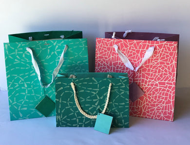 Gift Bags Paper Fabric (Pack of 6pcs)- Out of Stock