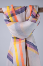 Load image into Gallery viewer, Cotton handloomed summer scarf navy pink