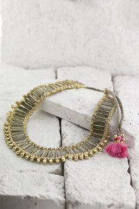 grey collar necklace