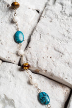 Load image into Gallery viewer, Blue Bead Necklace