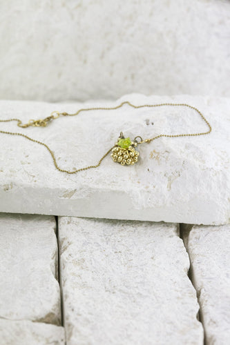 Small Pleasures pendant lime