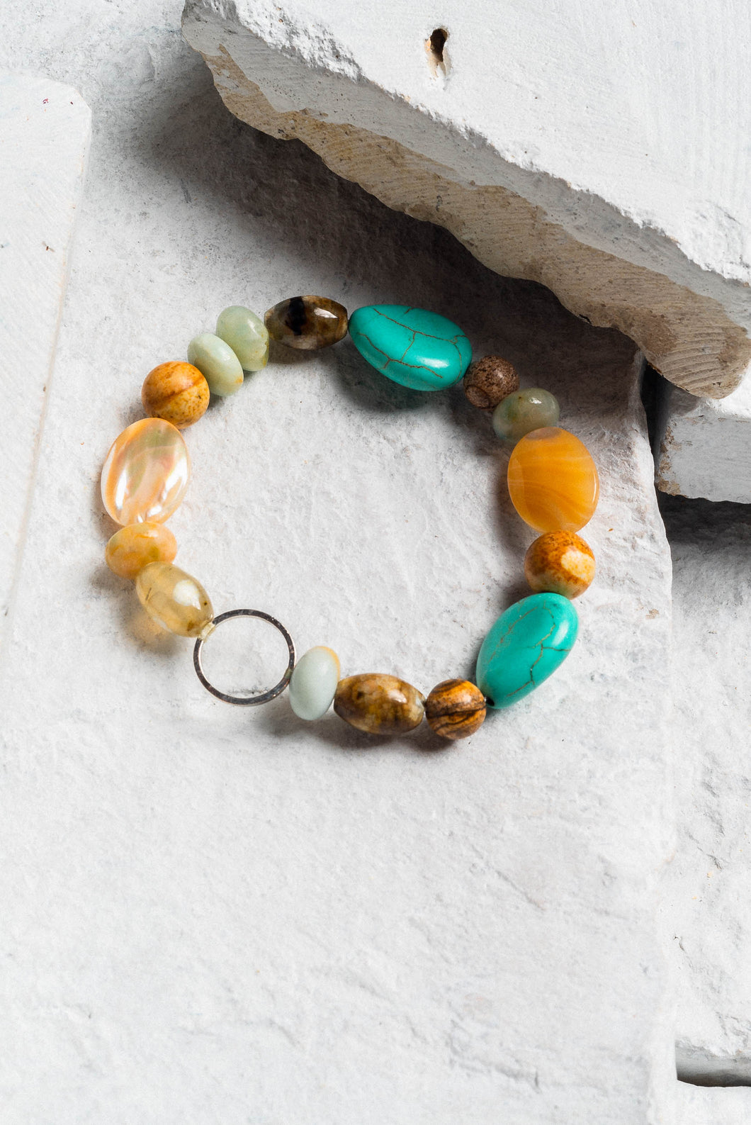 green turquoise and agate bracelet