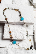 Load image into Gallery viewer, clear crystal bead necklace