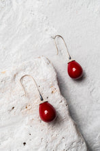 Load image into Gallery viewer, large teardrop pearl earrings
