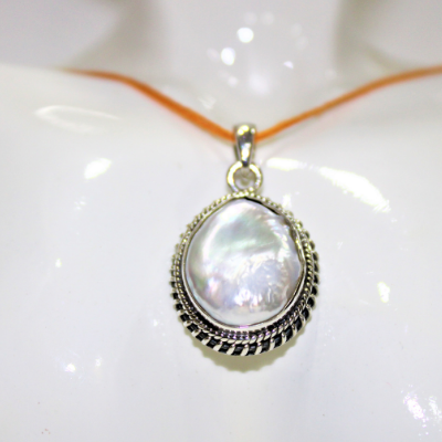 Antique Pearl Silver Pendant (5165103349894)