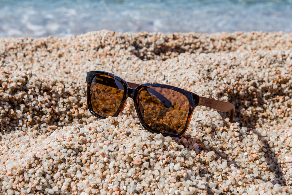 Tortoiseshell frame w/ copper brown